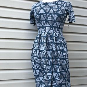 Lularoe amelia Casual pleated Patterned dress